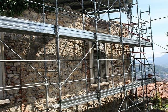 ravalement-façade-echafaudage